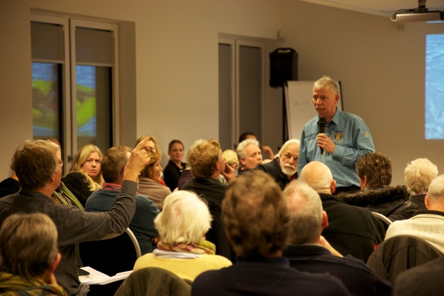 informatiebijeenkomst over thuja's Hengelo (2)